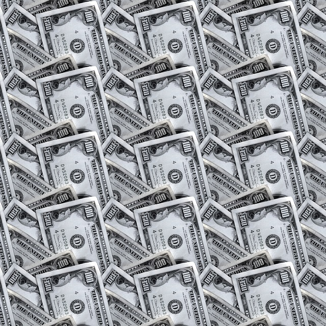 dlaždice z bankovek.jpg